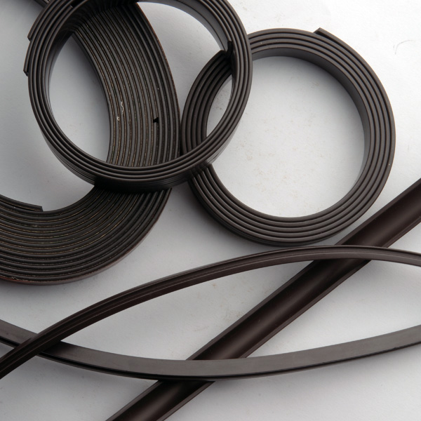 Factory Supply Industrial Application Strong Flexible Rubber Ferrite Magnet